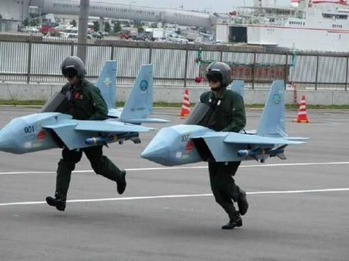 militärische Sparmaßnahmen könnten dem Weltfrieden zu Gute kommen.