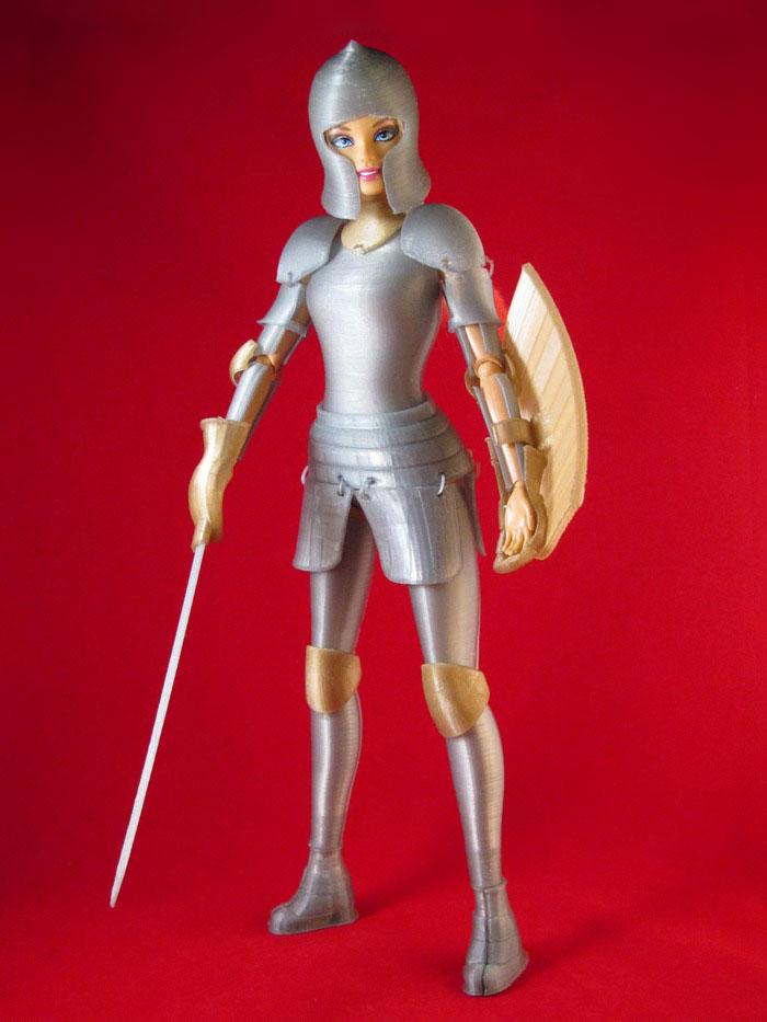 Barbie-3D-Druck-Ruestung2